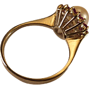 Wonderful Pearl and Diamond Ring set in 14 Karat Gold
