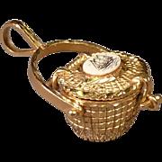 Nantucket Basket with Scrimshaw Top Set in 14K Gold