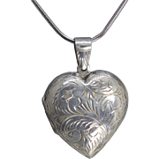 Vintage Engraved Sterling Silver Heart Locket Pendant Necklace 20""