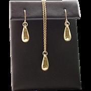 Tiffany Elsa Peretti Teardrop Earrings 18k Gold with Packaging