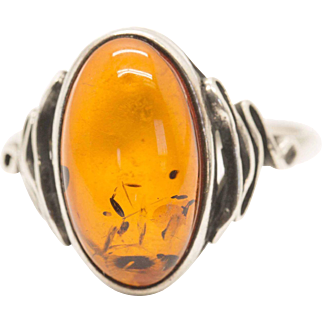Vintage Sterling Silver and Amber Ring Size 9