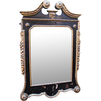 Fine Georgian William Kent Style Parcel Gilt Lacquered Pier Glass Mirror