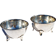 Vintage Custom Made Pair Sterling Four-Legged Salt Cellars from Taxco, Mexico