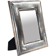 Handsome, Elegant 'Silver' Metal Picture Frame with Beaded Edges