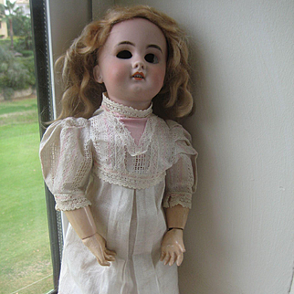 Pretty DEP Doll,15 inch.all original.