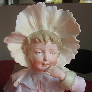 Heubach Piano baby-Girl 7867  7 inch x 9 inch