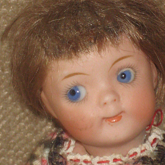 5,3 inch Kestner  all bisque GOOGLY Doll 189