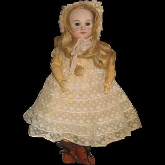 Pretty DEP Doll.size 4 15 inch