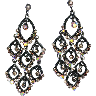 Estate find Ornate vintage dangle earrings with crystals in excellent condition
