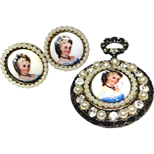 Vintage Limoges brooch and earring set in very good estate condition
