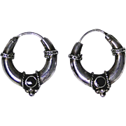 Vintage sterling hoop earrings with Onyx cabochon very good condition