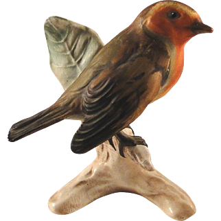 Vintage Goebel Robin bird figurine, stamped 1962, excellent condition