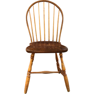 19th Century American Southern Bow Back Windsor   ca 1800