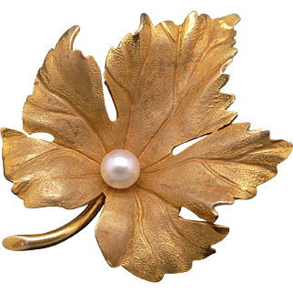 Amazing 14k Yellow Gold 5mm Round White Cultured Pearl Maple Leaf Flower Brooch Pin