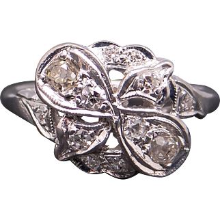 Amazing Art Deco Platinum .28ct Round Cut Diamond Flower Cluster Cocktail Ring Size 5