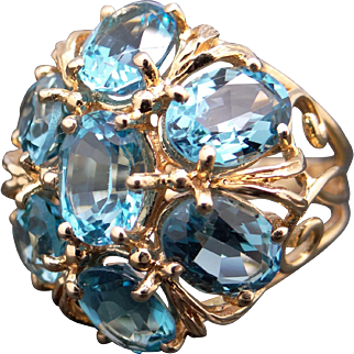 Gorgeous 14k Yellow Gold Oval Cut 10ct Blue Topaz Cluster Cocktail Dome Ring Size 5.5