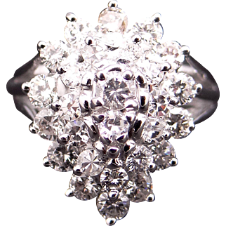 Fantastic 14k White Gold .60ct Round Diamond Cocktail Cluster Band Ring Size 5.25
