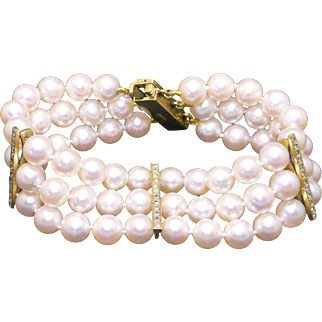 Exquisite 18k Yellow Gold Triple Strand 6.5mm Round White Cultured Pearl Diamond Bracelet 6.5 inch