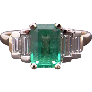 Exceptional Platinum 18k Yellow Gold Emerald Cut 1.45ct Emerald Diamond Ring Size 5