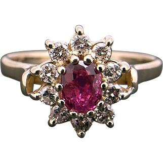 Adorable 14k Yellow Gold .60ct Oval Cut Ruby Diamond Cluster Halo Ring Size 5.5
