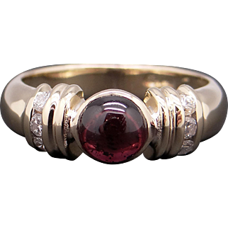 Adorable 14k Yellow Gold 1.15ct Cabochon Cut Garnet Diamond Solitaire Ring Sz 6.5