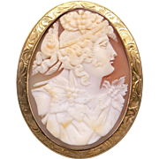 Retro Era 10k Yellow Gold Oval Carved Shell Cameo Woman Wearing Flower Dress Brooch Pin Pendant