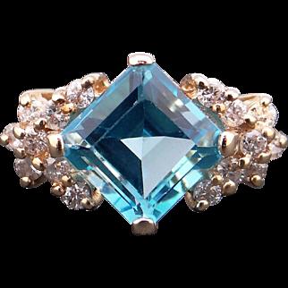 Adorable 10k Yellow Gold 3.40ct Princess Cut Blue Topaz Diamond Cluster Ring Size 4