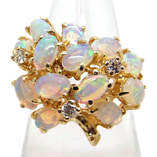 Amazing 14k Yellow Gold 1.50ct Oval Multi Color Opal Diamond Cluster Ring Size 5.5