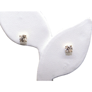 Classic 14k Yellow Gold 1ct Round Brilliant Cut Diamond Stud Earrings With Screw Backs