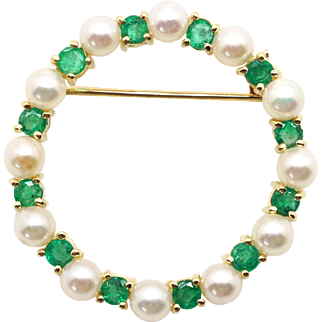 14k Yellow Gold .48ct Round Cut Emerald 4mm Cultured Pearl Circle Brooch Pin