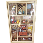 Beautiful Vintage Diorama Doll House