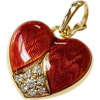 18kt Yellow Gold Diamond Heart Pendant