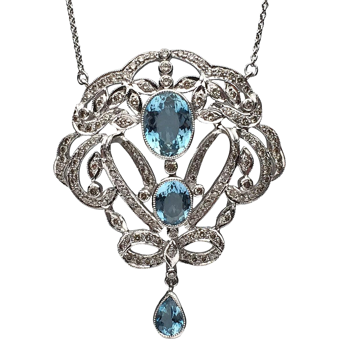 18 karat white gold edwardian style aquamarine and diamond for Fine jewelry diamond pendants