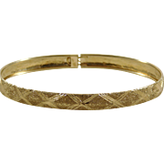14k Yellow Gold Designed  Bangle Bracelet