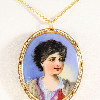 Early 20th Century Aristocratic Hand-Painted Cameo and 14k Gold Pendant/Brooch