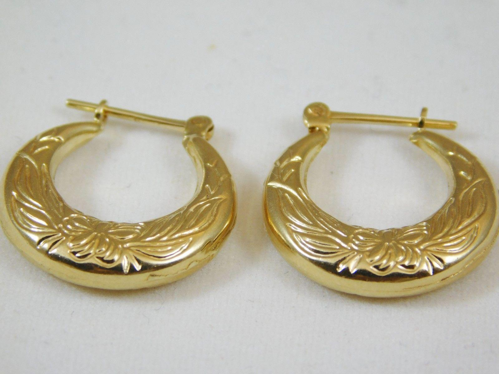 14 karat yellow gold small hoop earrings from