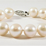 Stunning 12.5mm White Saltwater Pearl Bracelet with 14k White Gold Clasp