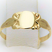 10k Gold Vintage Childs Initial Ring