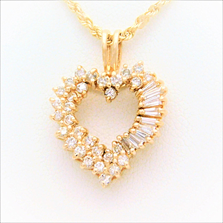 14k Gold 1.30ct Dazzling Diamond Heart Pendant Necklace