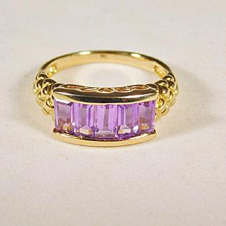 Ladies Amethyst Yellow Gold Ring