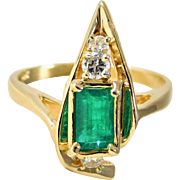 Very Unique 14k Gold Vintage Emerald and Diamond Ring