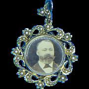 Antique  era Victorian  15k Gold Double Sided Photo Locket Pendant