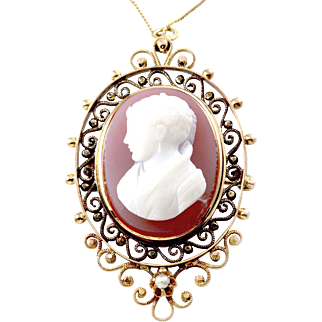Vintage Lavender Cameo in Lacy 10K Yellow Gold Frame