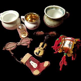 Vintage Miniature Doll Items & Accessories