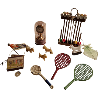 Nice Grouping of Vintage Dollhouse Miniatures
