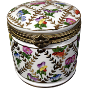 "Hand-Painted Porcelain Box ""Limoges"" look-alike, NOT LIMOGES, but pretty! - Red Tag Sale Item"