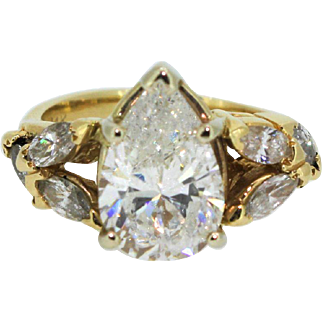Vintage 3ct 14k Yellow Gold Pear Shaped Diamond Engagement Ring, with 6 Marquise Diamonds