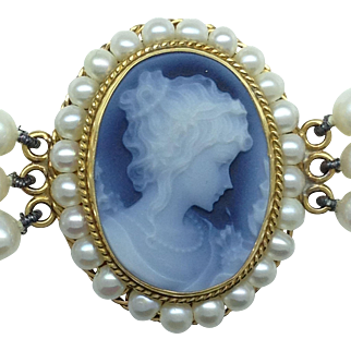 Blue cameo and 3 strand pearl bracelet in 14k yellow gold