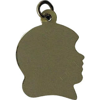 Engravable child's head charm pendant in 14ky