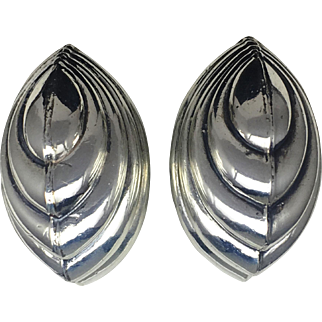 Puffy VIntage Clam Shell Clip On Earrings- Sterling Silver
